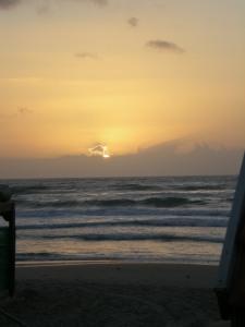 עוד ים ושקיעה