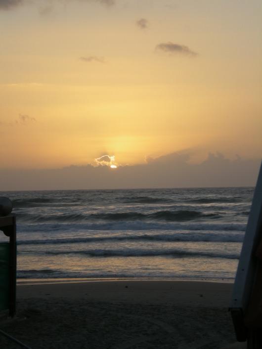 שקיעה בחוף אולגה   Sunset at Olga Beach