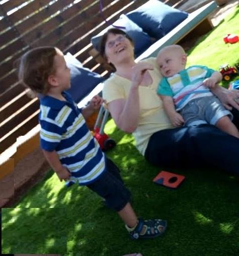 ילדים הם שמחה ונכדים אושר עילאי Children bring hapiness and grand kids are a bliss