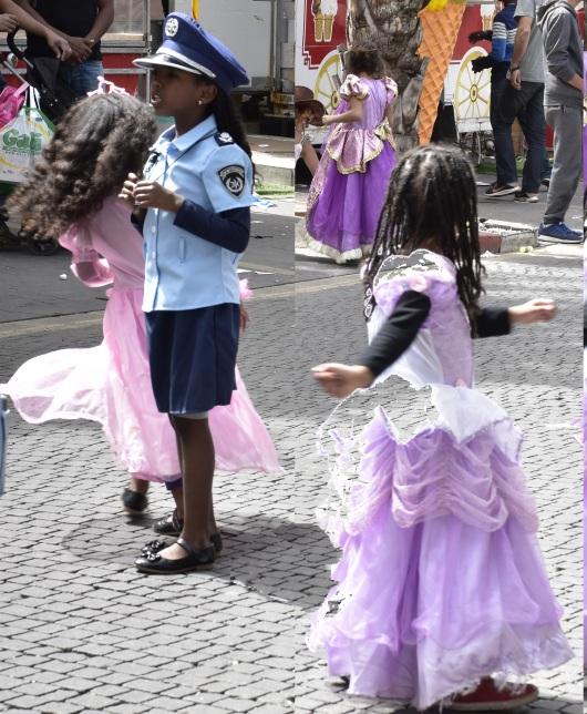 תחפושות פורים Purim costumes