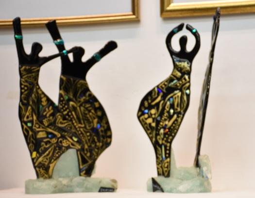 נשים אפריקאיות רוקדות African women dancing