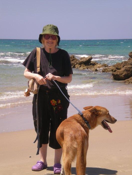 על חוף הים באולגה On the beach at Olga