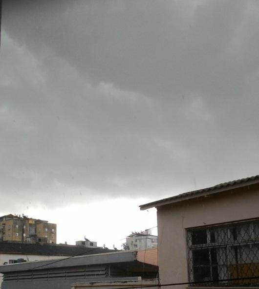 שמיים אפורים Grey sky