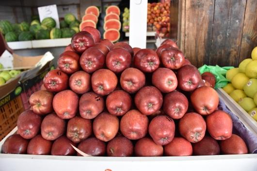אכולנה פירות והיו בריאות Eat fruits and be healthy
