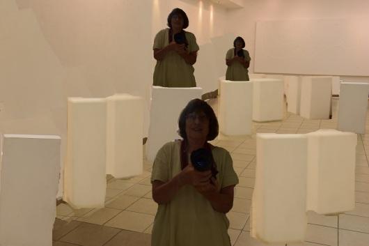 קירות ריקים ואני Enpty walls and me
