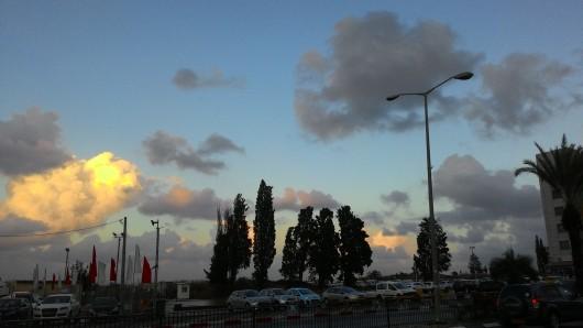 עננים בשקיעה Clouds at sunset
