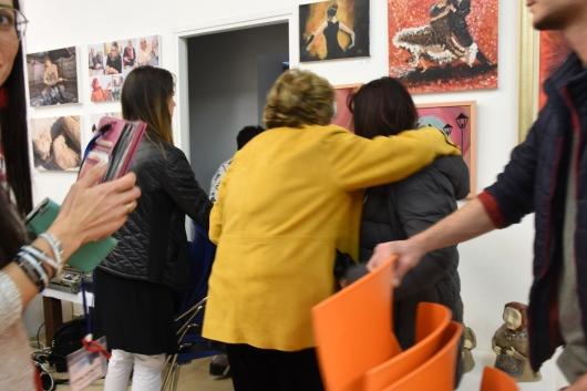 """א/נשים בפתיחת תערוכת """"עולם האישה"""" People at the opening of the """"Woman's World"""" exhibition"""